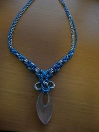 chainmaille bizantine vergrotende trap ketting met bergkristal hanger (01kt904)