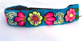 Haarband licht blauw met bloemen