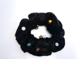 Scrunchie kleur zwart met kralen