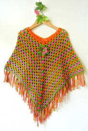 Poncho tejido a crochet multi color 1