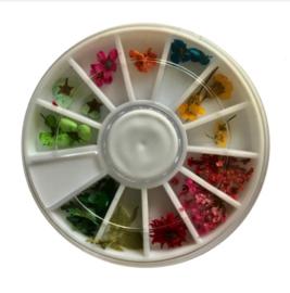 dried flowers wheel