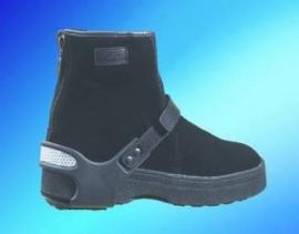 Schoenspike bij sneeuw, ijs en gladheid