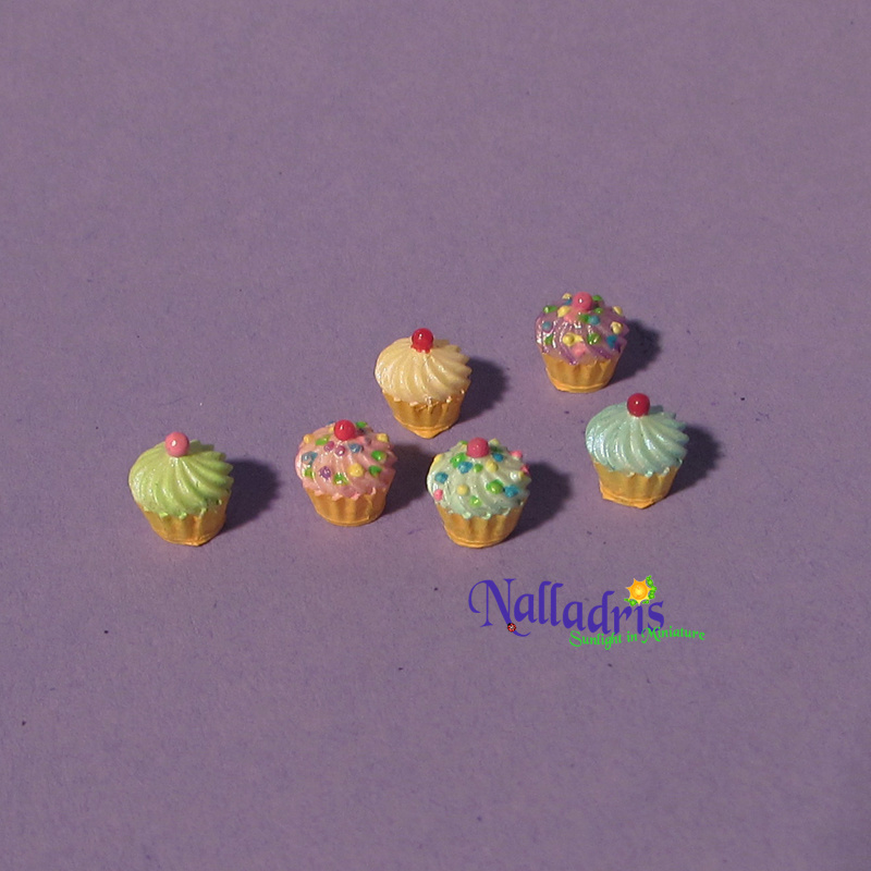 10.003 Cupcakes
