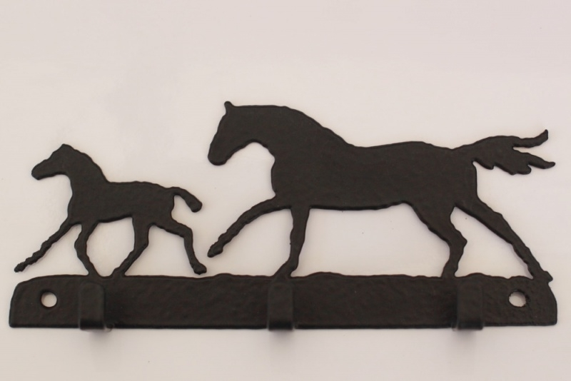 Paard Merrie met veulen Sleutelrek 3 haakjes