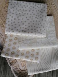 Stofpakket ivoor wit met licht taupe kleurige print6
