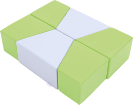 Set van (6) kleine foam zitjes/poefjes