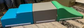 Set van drie foam blokken/speelkussens: kubus, trap en golf