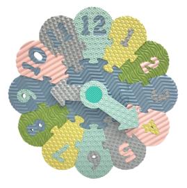 Puzzel klok (in pastelkleuren)