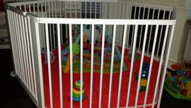Binnen-/buitenspeelkleed (voor playpens 5,49  m / 6 x 90 cm) rood/groen/antraciet/blauw