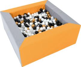 Ballenbak / Ballenbad (150 x 150 x 60 cm)