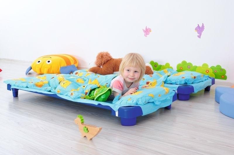 Kinderopvang bedden (stretcher) / rustbedjes