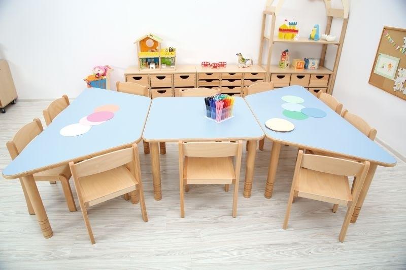 Kinderopvang tafels hout met HPL-blad (in 9 vormen en 5 kleuren)