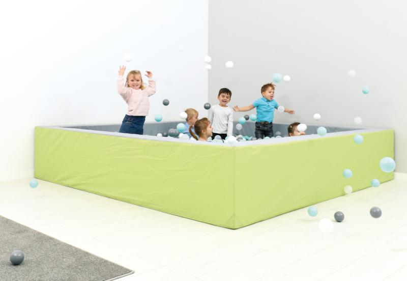 Ballenbak / Ballenbad 3 x 3 meter (45 of 60 cm) met/zonder glijbaan
