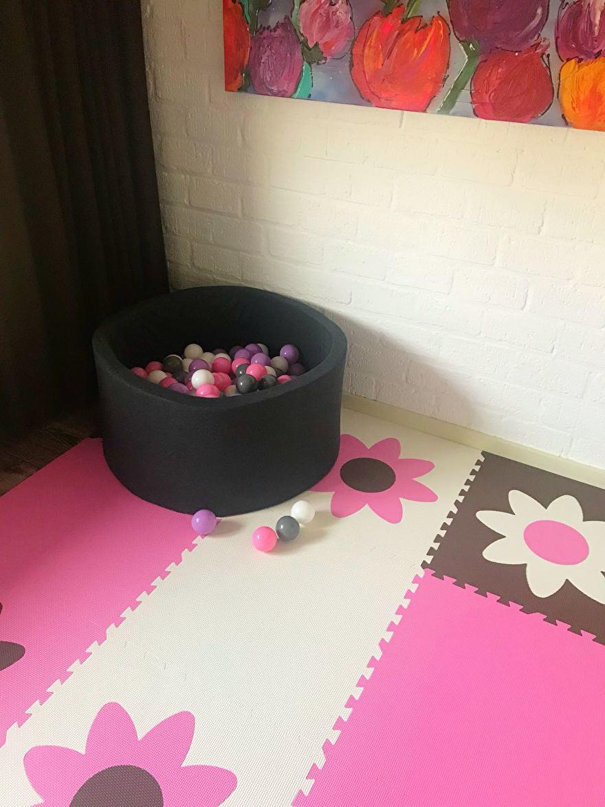 Ballenbak en speelmat bloemen.jpg