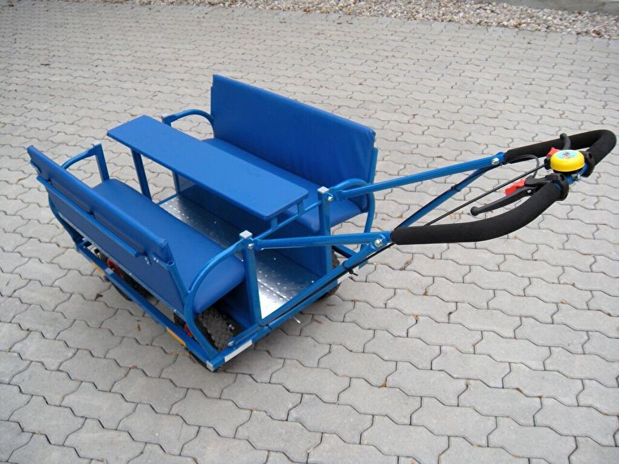 Bolderwagen Kinderopvang Blauw 11.jpg