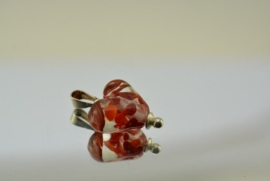 Zilverkleurige wisselhanger met hartje in oranje en rood