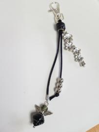 Zilverkleurig musketonhaakje met zwart/grijze glaskralen
