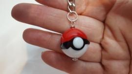 Pokemon glaskraal sleutelhanger (2)