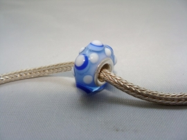 Blauw witte dotkraal