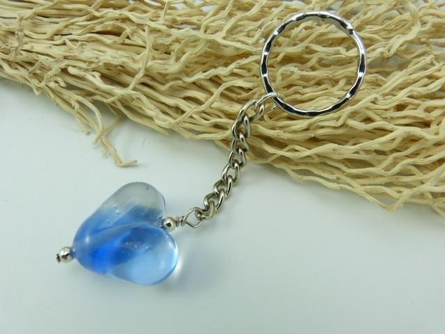Sleutelhanger met hart van blue en blank transparant glas