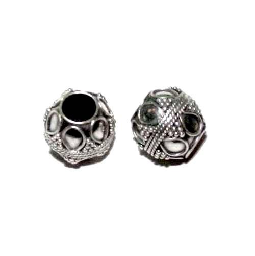 Mooie zilveren grootgatkraal, bewerkt met fijn wire  BD0920