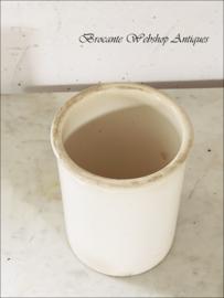 Prachtige oude witte liter pot