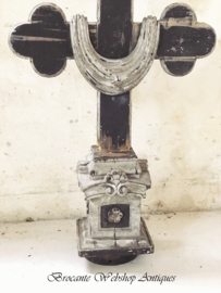 Oud religieus ornament