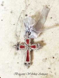 Small cross