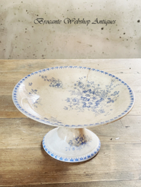 Beautiful cake stand/ dish