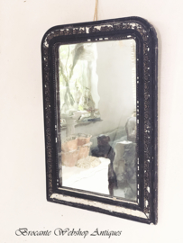 - Spiegels, lijstjes, schilderijen