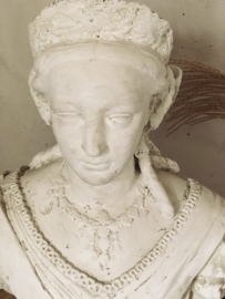 Chateau statue/ Chateau buste