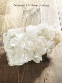 Groot stuk kristal steen