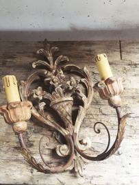 Franse houten wandapplique