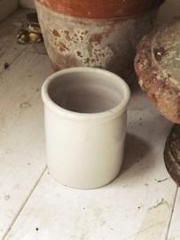 Frans potje  -aardewerk-