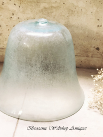 Melon cloche/ Glass bell