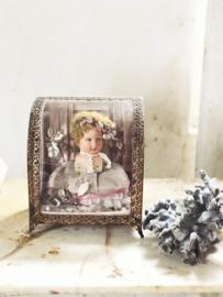 Antiek bruidskastje/ vitrine kastje