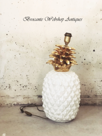 Big Maison - Lancel ceramic pineapple table lamp