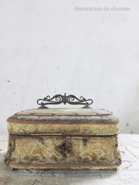 Frans bijoux kistje