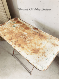 Oud franse bistro tafel