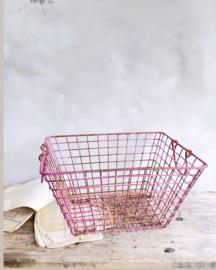 Beautiful pink oyster basket