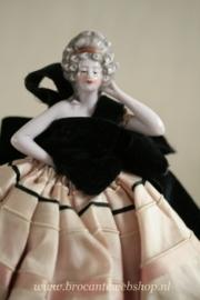 Franse half doll VERKOCHT