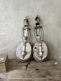 Set van 2 antieke wand kandelaars