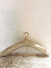 Franse kledinghanger/ French clothes hanger