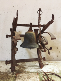 Antieke kloosterbel/ Antique monastery bell