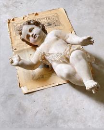 Unieke engel/ putti van aardewerk