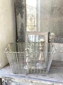 Old oyster basket  -sinc-