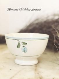 Generous bowl