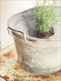 Old sinc  bowl