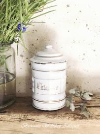 Enamel white can