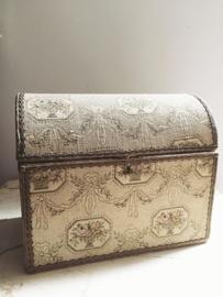 Frans boudoir kistje/ French boudoir box GERESERVEERD